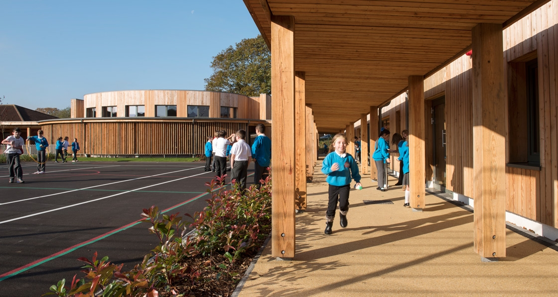 Welsh school fuses passive & eco material innovation